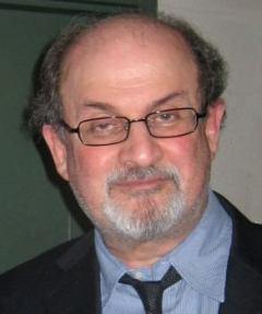 Bekam eine Todes-Fatwa: Salman Rushdie