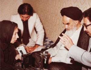Oriana Fallaci trifft Ayatollah Chomeini