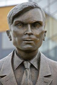 Eine Statue in Surrey erinnert an Alan Turing
